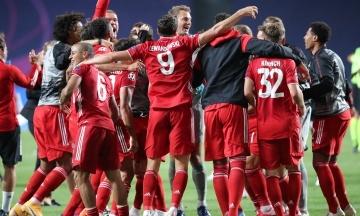 Не выходя на поле. «Бавария» девятый раз подряд стала чемпионом Германии по футболу