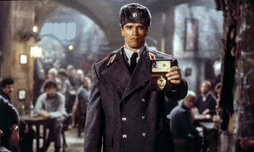 Рівно 33 роки тому вийшов фільм «Червона спека» з Арнольдом Шварценеггером. Ви його пам'ятаєте? Які ваші докази? Тест «Бабеля»