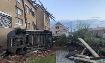 Торнадо в Чехии: число жертв возросло до 13 человек, начались восстановительные работы