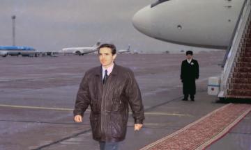 23 года назад Леонид Каденюк стал первым (и пока единственным) астронавтом независимой Украины. Так он поднимал престиж страны как космической державы. Вот его история — в архивных фото