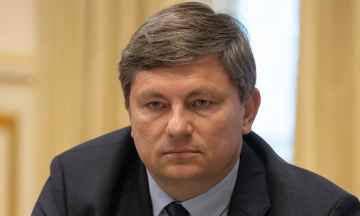 «Схеми»: Співголова «ЄС» Герасимов не задекларував віллу в Іспанії. Він уже звернувся у НАЗК, як «це колись зробив Зеленський»