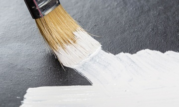 В США создали «самую белую» краску в мире. Она отражает более 98% солнечного света