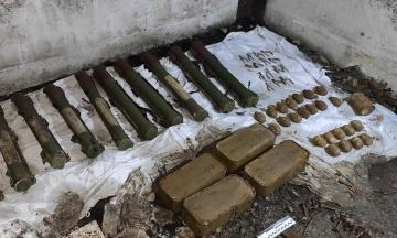 Схрон Гіркіна. Біля Слов'янська знайдено схованку зі зброєю бойовиків
