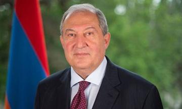Президент Вірменії звернувся до Конституційного суду через звільнення голови Генштабу, яке загострило політичну кризу