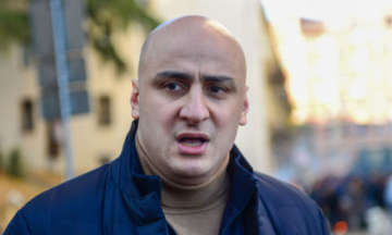 У Грузії затримали лідера опозиційної партії, заснованої Саакашвілі. Силовики взяли штурмом офіс політсили