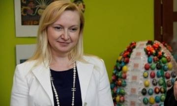 ВАКС снял арест с дома Любови Полежай — гражданской жены Януковича. Эксклюзив «Бабеля»