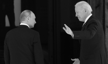 Джо Байден и Владимир Путин почти три часа общались в Женеве. Как прошла встреча и что они сказали об Украине и отношениях России и США — коротко