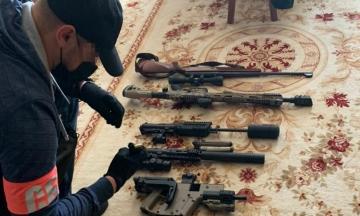 У членов «Муніципальної варти» в Киеве провели обыски. Их подозревают в создании незаконного стрелкового полигона