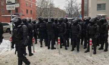 США и Евросоюз осудили «непропорциональное применение силы» к протестующим в России. В МИД РФ заявили о «вмешательстве во внутренние дела»