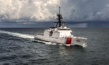 США направили в Чорне море патрульний корабель Hamilton. Росія — ракетний крейсер у той же район