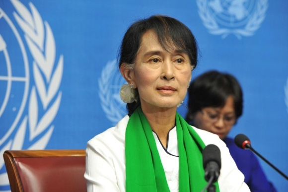 Канцлер Мьянмы Аун Сан Су Чжи.