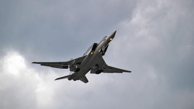 На аэродроме в России у бомбардировщика случайно сработала система катапультирования. Погибли три человека