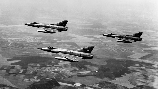 54 года назад началась Шестидневная арабо-израильская война. Израиль перехитрил советских аналитиков, за несколько часов уничтожил арабскую авиацию и фактически выиграл войну в первый же день