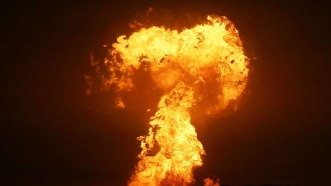 В Каспийском море у Азербайджана произошел мощный взрыв. Власти считают, что из-за извержения грязевого вулкана