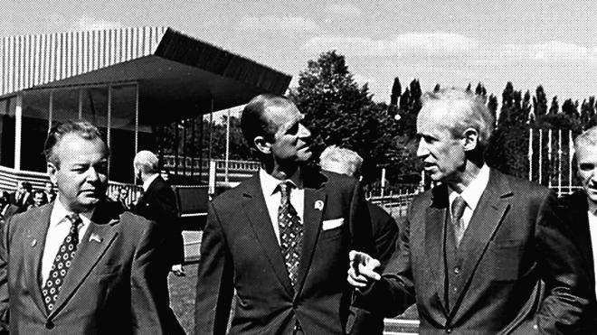 У 1973 році принц Філіп приїхав до Києва на чемпіонат Європи з кінного спорту. «Бабель» публікує уривок з (невиданих) мемуарів мера Києва, який готував чемпіонат