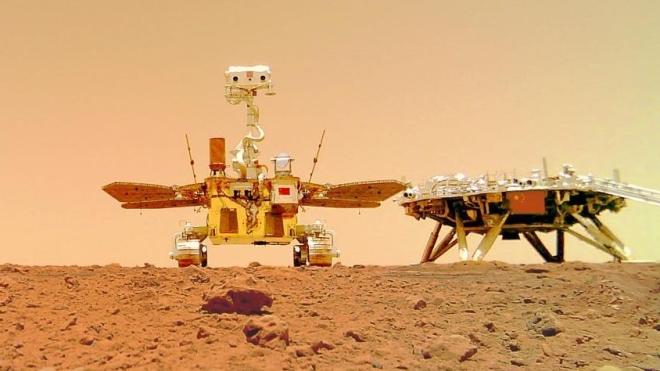 Перший китайський марсохід надіслав фотографії з Червоної планети