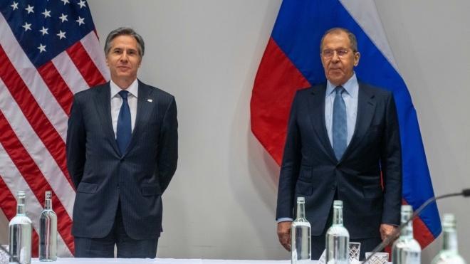 Державний секретар США Блінкен та очільник МЗС Росії Лавров провели першу зустріч — саміт Путіна та Байдена може відбутися найближчим часом