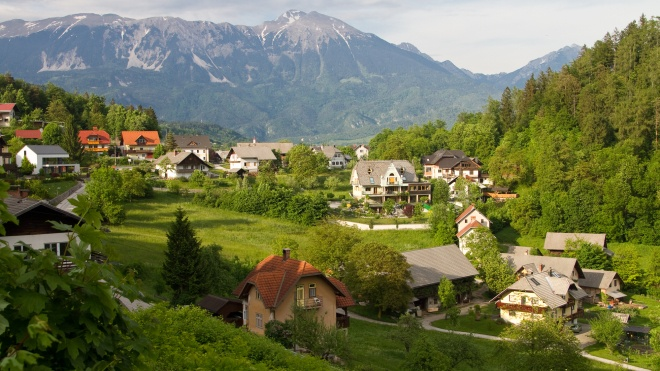 Словения открыла границы для вакцинированных туристов из Украины