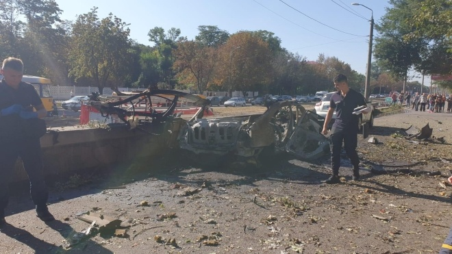 У Дніпрі вибухнув автомобіль з двома людьми в салоні