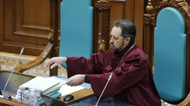 НАЗК вимагає звільнити Сліденка з посади судді КСУ. Той написав працівнику агентства лист із погрозами