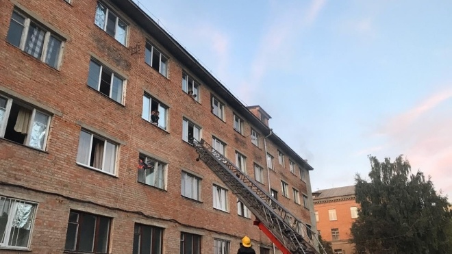 Чотири студенти отруїлись чадним газом під час пожежі в гуртожитку Уманського університету