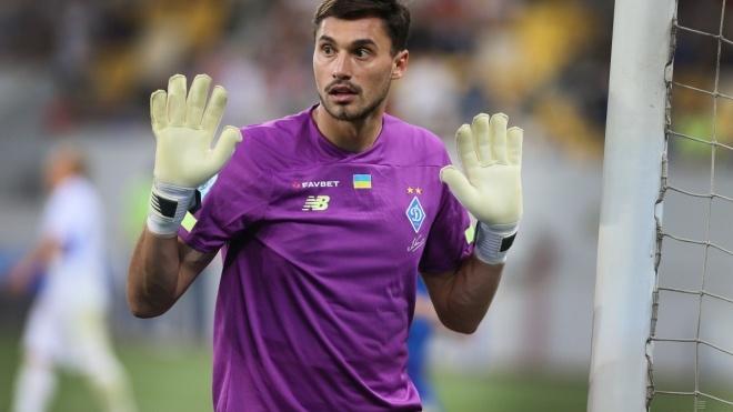 У двух игроков «Динамо» выявили коронавирус. На матч Лиги чемпионов клуб отправляется без основных голкипера и защитника