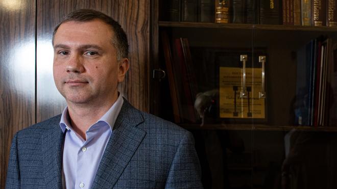 «Слідство.Інфо»: Суддя Вовк контактував з ексголовою ОП Богданом до та після президентських виборів і пропонував допомогу «своїх людей»