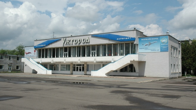 Украина подписала соглашение со Словакией, которое позволит разблокировать работу аэропорта «Ужгород»