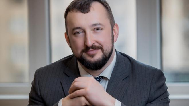 Невідомі стріляли у заступника голови АРМА Павленка — він перебуває у лікарні