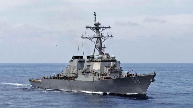 Американский миноносец USS Laboon направляется в Черное море