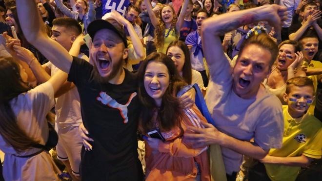 У Києві через трансляцію матчу України з Англією роботу метро продовжать на годину