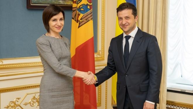 ОП: Президент Молдови Санду приїде в Україну через 10 днів, а візит Макрона очікують у першій половині року