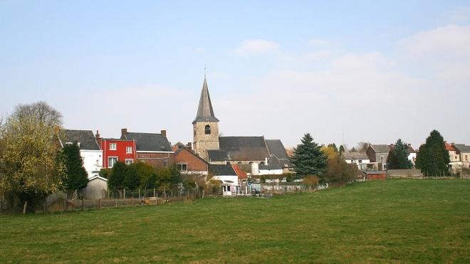У Бельгії фермер посунув прикордонний камінь і «захопив» понад тисячу квадратних метрів Франції