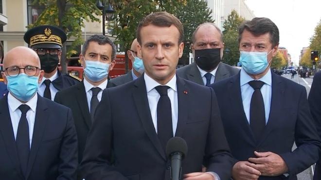 «На Францію напали». Президент Макрон оголосив про розгортання військ по всій країні