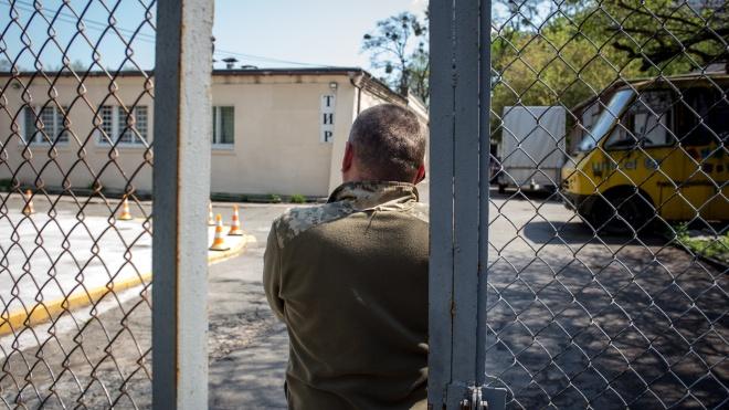 Дві земельні ділянки в Бабиному Яру ділять стрілецький клуб і Меморіальний центр Голокосту. Що відбувається?