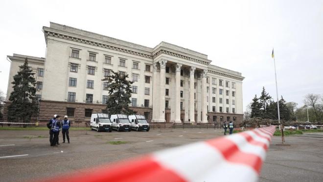 Річниця подій 2 травня в Одесі: поліція встановила на вході до Куликового поля «фільтраційні пункти»