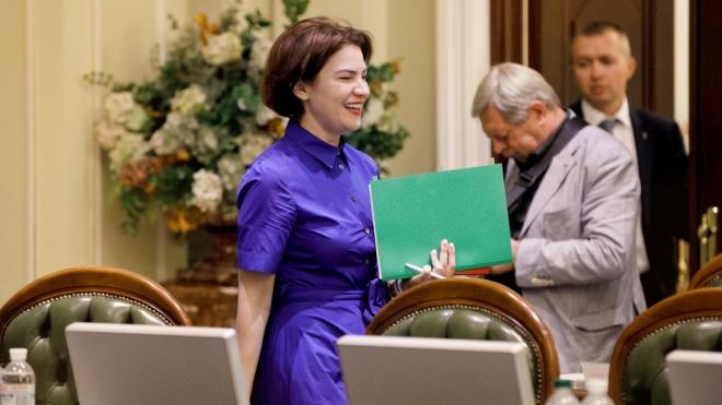 Ірина Венедіктова двічі за добу змінила керівника департаменту, який займається злочинами Росії, справою MH17 і «вагнерівцями». Тепер департамент курирує вона. Зрада/перемога — пояснюємо