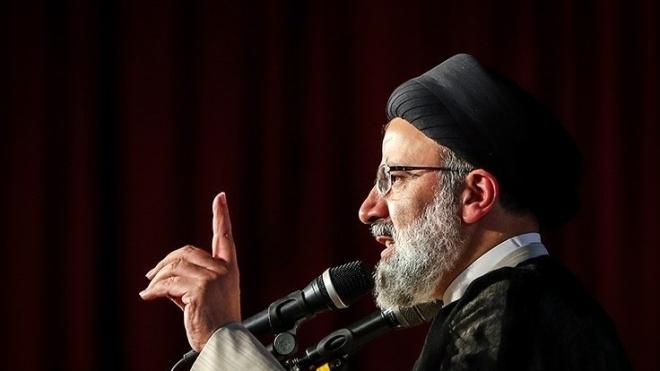 Верховний лідер Ірану затвердив на посаді нового президента країни