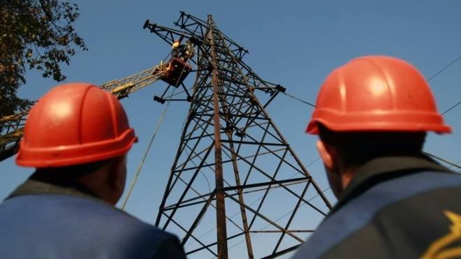 В Украине из-за непогоды без света остались жители 177 населенных пунктов в восьми областях