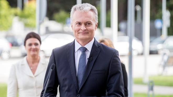 Президент Литви назвав ситуацію із затриманням у Мінську опозиціонера Протасевича безпрецедентною і вимагає його звільнення