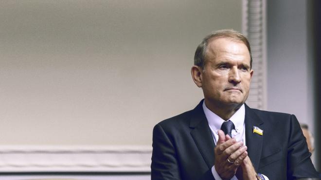 Медведчук прибув до Офісу генпрокурора. Звинувачення назвав «абсурдом» і політичними репресіями