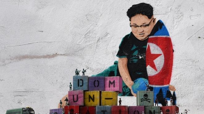 Армия хакеров, торговля оружием и наркотиками: высокопоставленный перебежчик рассказал, как зарабатывает КНДР