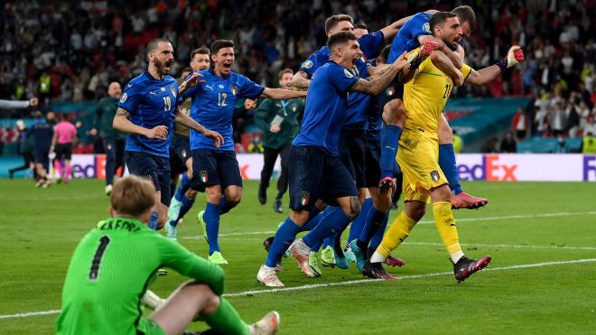 Италия — чемпион Европы по футболу