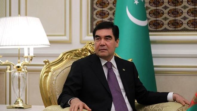 Президент Туркменістану попросив вивчити ефективність лакриці при лікуванні ковіду, якого у країні офіційно немає