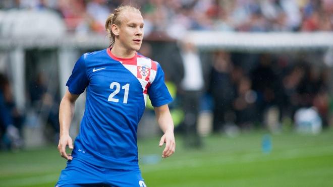 У футболиста сборной Хорватии прямо во время матча выявили коронавирус. Перед началом игры он обнимался с партнерами и соперниками