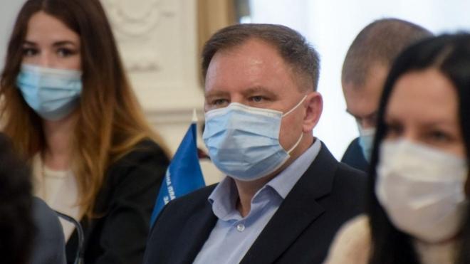 Мер Миколаєва синхронно перекладав виступ депутата ОПзЖ — той відмовився переходити з російської на українську