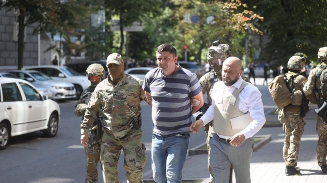 Мужчину, который угрожал взорвать Кабмин, задержали