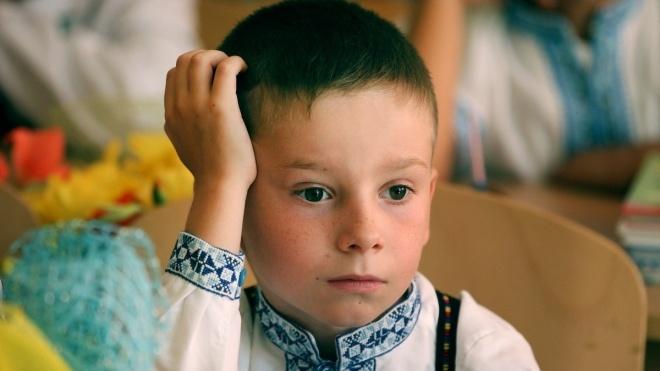 Жительку Львівщини оштрафували через те, що її син прогуляв майже 700 уроків