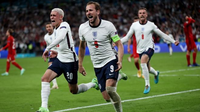 УЄФА оштрафувала збірну Англії на €30 тисяч за поведінку фанатів на матчі з Данією
