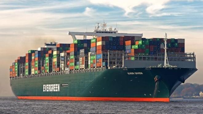 Через три місяці простою судно Ever Given залишає Суецький канал
